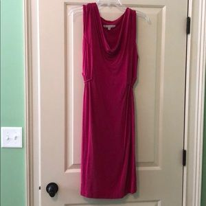 Hot pink maternity dress by Japanese Weekend